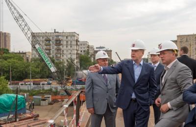 Москвы Сергей Собянин осмотрел ход работ по реконструкции Волоколамского путепровода