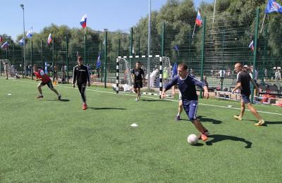«Единая Россия» организовала спартакиаду ко Дню физкультурника
