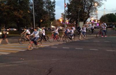 В субботу, 26 сентября на Университетской набережной прошел велопробег «Спорт против ВИЧ»
