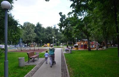 Единороссы Москвы планируют благоустроить все районные парки