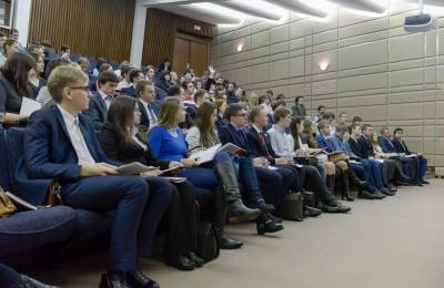 В рамках выездного образовательного форума члены молодежных палат узнают о том, как проводить избирательные кампании