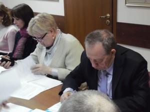 Муниципальным депутатам запретили иметь недвижимость за рубежом
