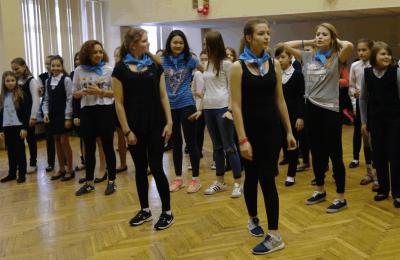 Флешмоб против курения провела молодежная палата района Орехово-Борисово Северное