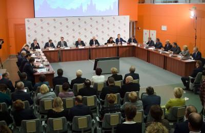 Мэр Москвы Сергей Собянин: С Нового Года средства, направляемые в район, будут увеличены