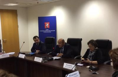 Совет муниципальных образований Москвы: Расширение платной парковки обсуждали с жителями районов и депутатами