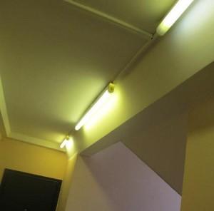 Восстановленное освещение в подъезде