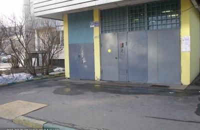 Подъезд в районе Орехово-Борисово Северное