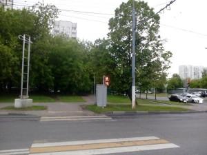 Починенный светофор на перекрестке в районе Орехово-Борисово Северное