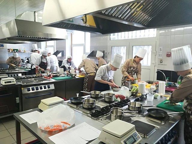 Участники конкурса Chef A la Russe