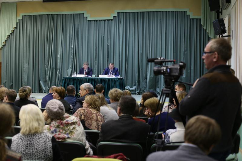 Встреча префекта Южного округа Алексея Челышева с жителями района Орехово-Борисово Северное