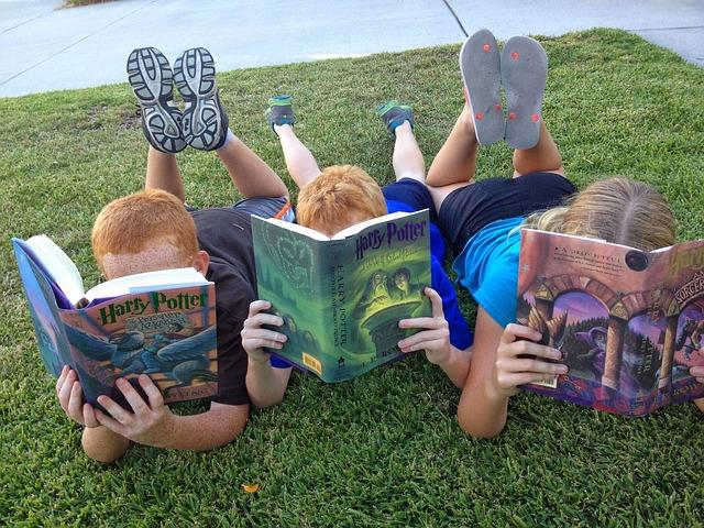 дети, чтение, гарри поттер, английский язык, пиксабай