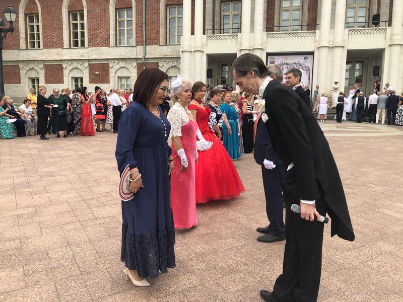 Серебряный бал в Царицыно площадь кавалеры приглашают