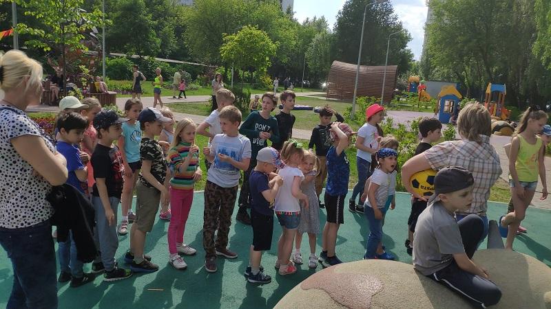 Спортивный праздник, детская площадка на Каширском шоссе, Молодежная палата, Нина Клюева (4)
