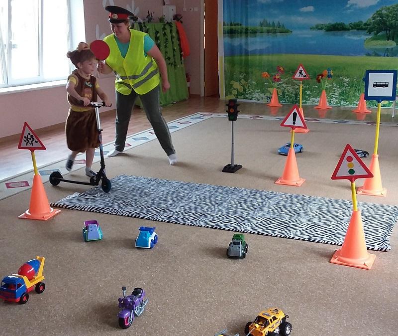 Школа № 996, дошкольное отделение, ПДД, Правила дорожного движения, спектакль, дети