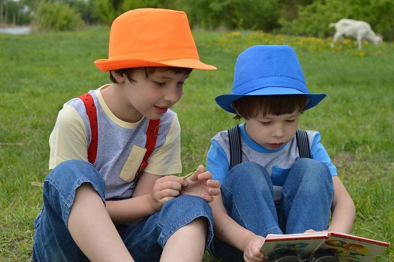 Неделя детской книги, книги, дети, мальчики
